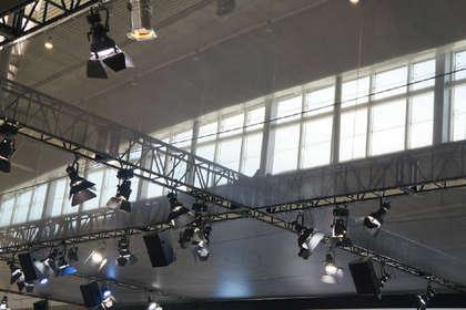 包您满意的武汉舞台设备出租公司,提供灯光音响租赁