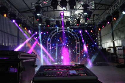 湖北舞美设备租赁,舞台灯光音响出租