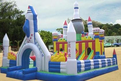 郑州充气玩具城堡,品类齐全,供您选择