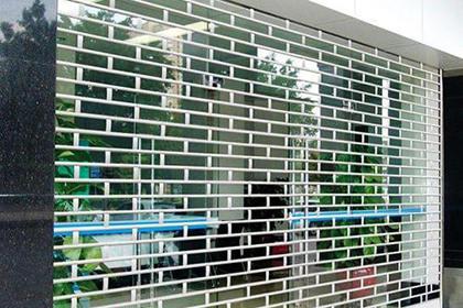 惠州水晶卷帘门供应,为您提供最优质的服务