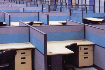 大连办公家具回收,快速上门,价高同行