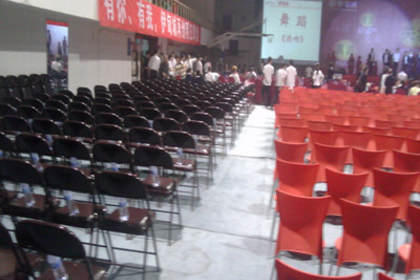 西南成都演唱会桌椅租赁公司,收费合理放心省心