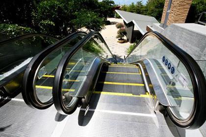 西安扶梯拆除回收中心,多年良好信誉保证