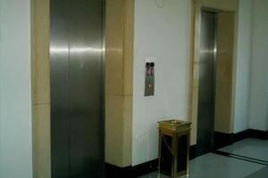 西安电梯高价回收,诚信为本,上门服务