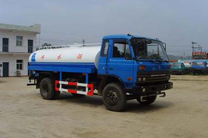大量10吨洒水车出租,北京水车服务中心