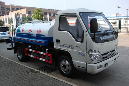 北京10吨水车出租,质量一流价格合理