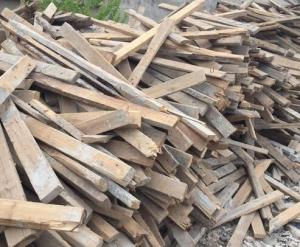 专业提供唐山废旧木材回收,您放心的选择