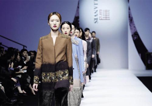 孙雪飞,连惠卿,陶陶和孙海涛等优秀设计师也持续参与了近几年时装周的
