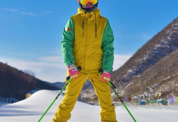 成都滑雪服定制