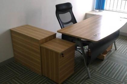 大连桌椅回收