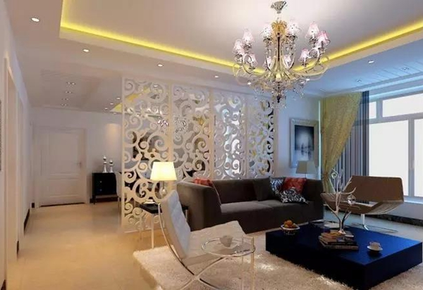 竖厅差;    因为客厅面积大,所以布局和设计上不会被限制,效果更能
