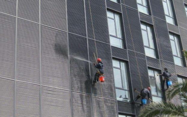 南昌幕墙玻璃维修公司