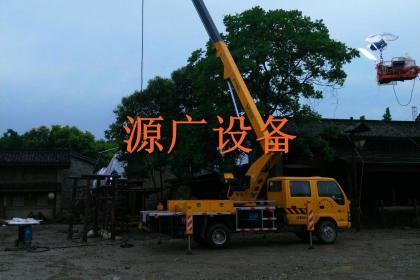 张家港出租路灯车