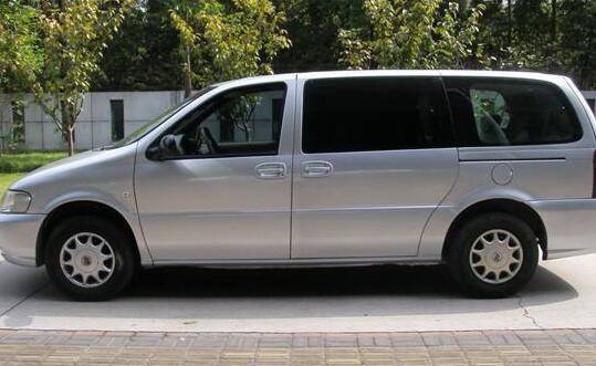银川旅游租车