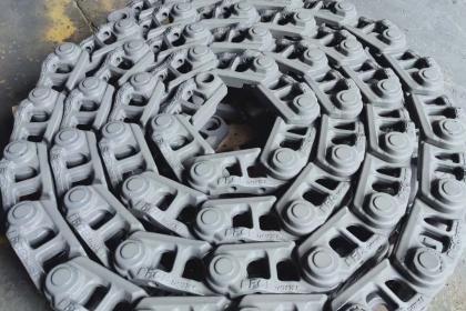 销售高端矿山专用挖掘机推土机配件链条