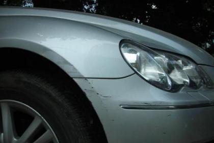 武汉汽车挡风玻璃裂缝修