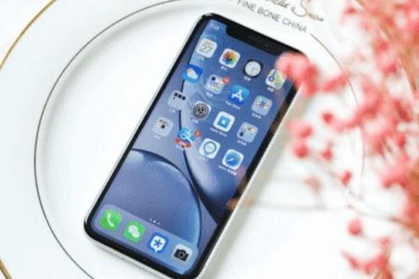 被误认为已经淘汰的手机,配置完全落伍,为何销量却一直在涨