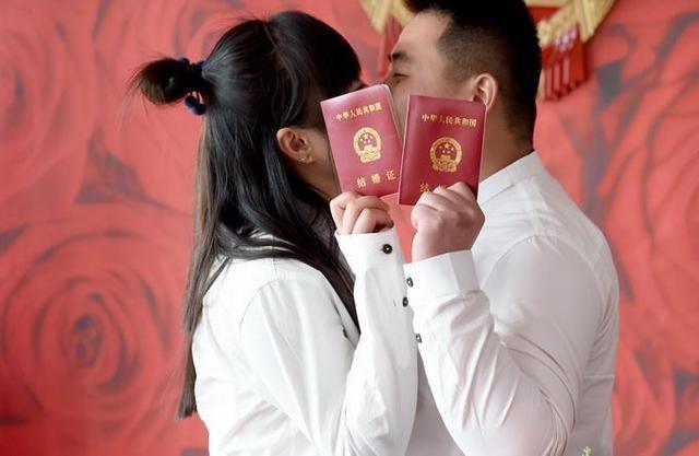 2020年有个罕见对称日,婚庆市场情形如何?网友:连日历都在催婚