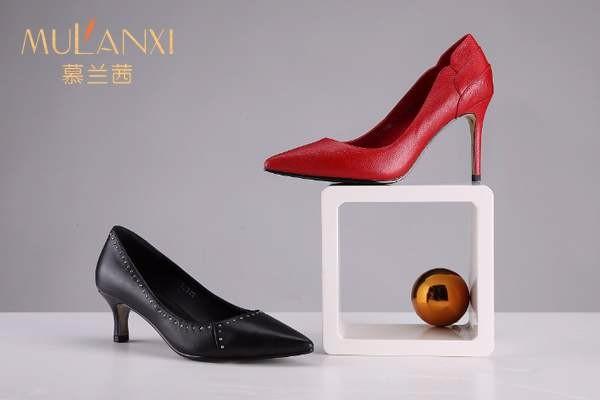 2020年新手开个女鞋店利润轻松赚翻,慕兰茜品牌女鞋创业轻松回本