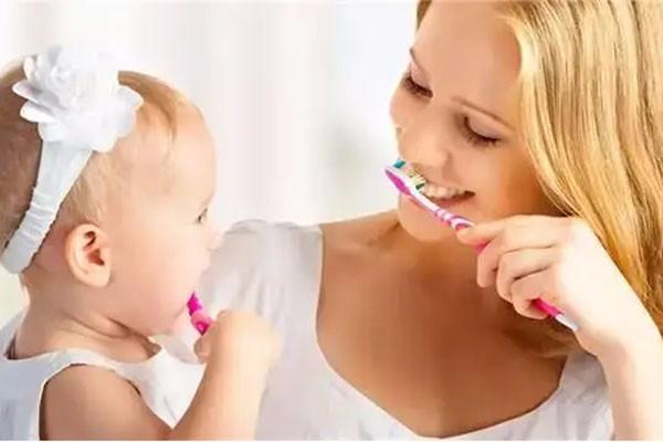 新手妈妈必备的10条育儿小常识,你知道吗?