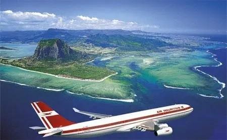 美国将全面取消旅行禁令 航空旅游业或受益