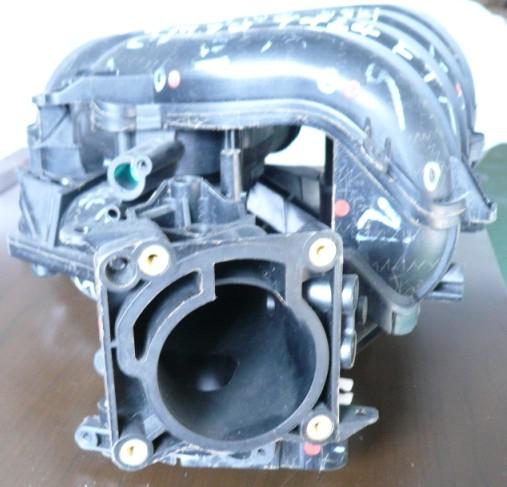 汽车方向盘部件弹性体塑件模具,汽车发动机罩模具,汽车塑料进气管模具