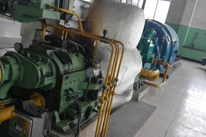 转让15mw汽轮发电机,额定电压10500v