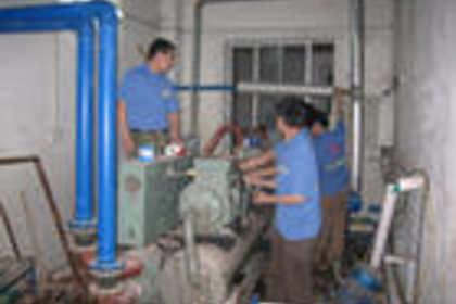 宝安福永拆装空调维修,福永空调加雪种美的空调维修部