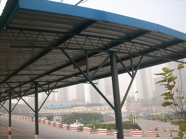 成都彩钢钢结构雨棚,停车棚制作安装