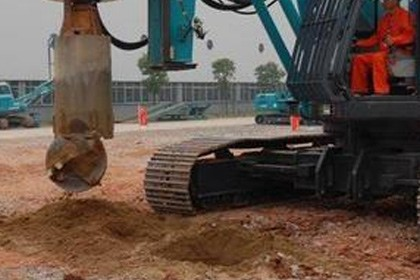 水磨钻孔桩施工队