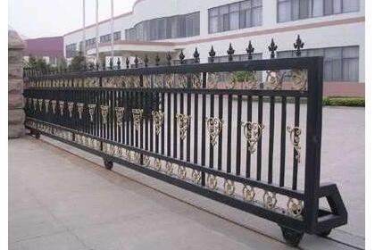 长春工业门制作安装