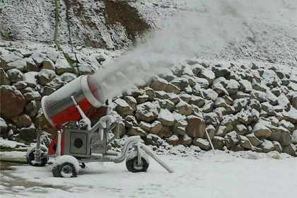 郑州造雪机供应