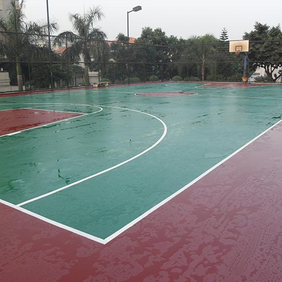 南山篮球场翻新改造