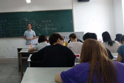 武汉服装培训学校
