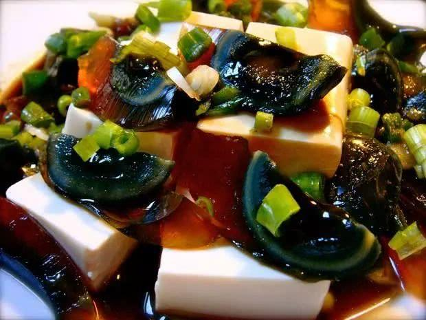 皮蛋拌豆腐5.jpg