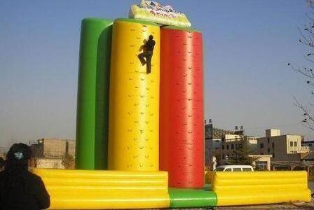大型充气玩具城堡供应