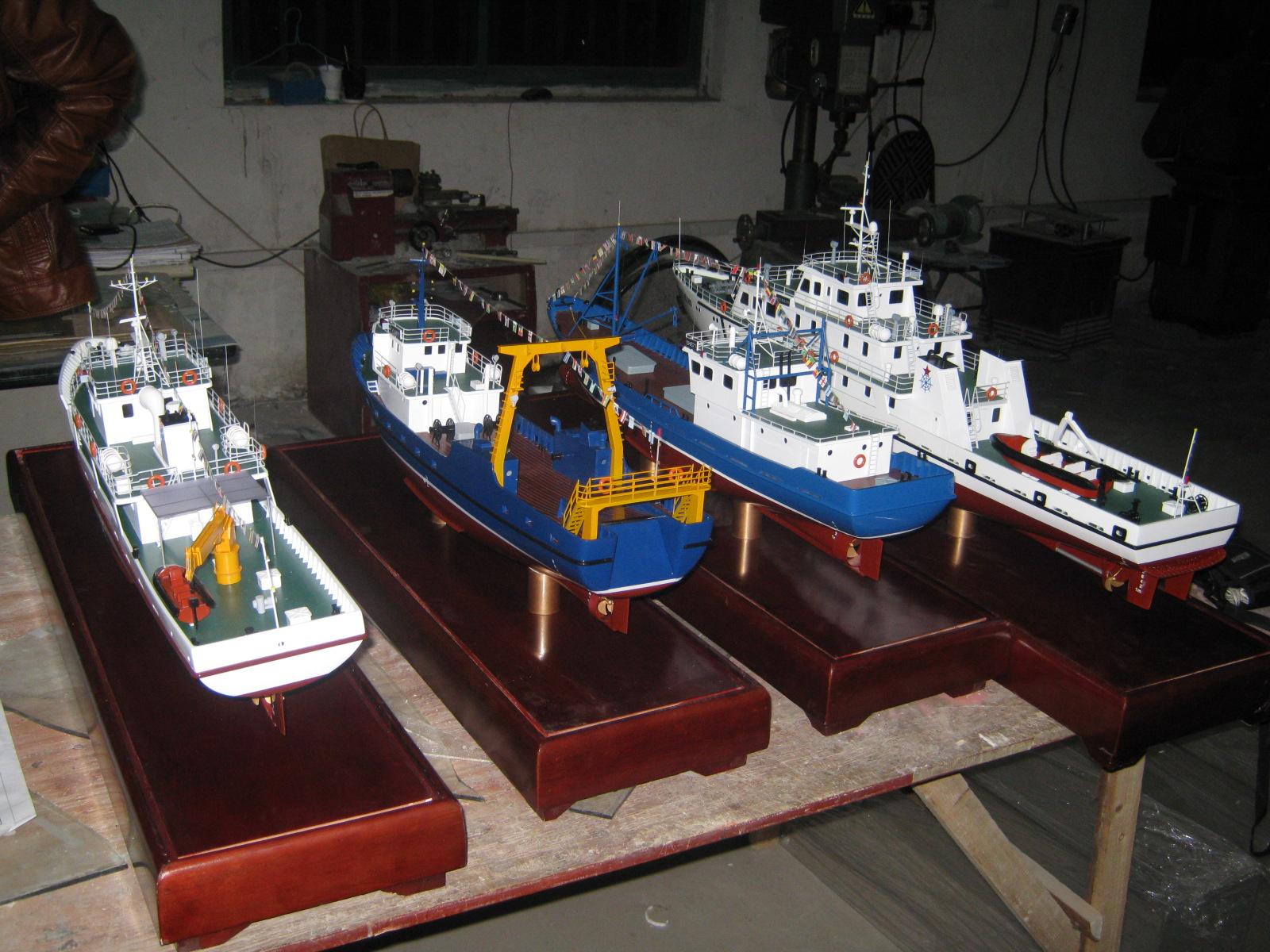 中国渔船研究所渔船1.2米.JPG