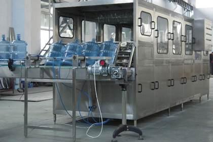 西安矿泉水设备供应