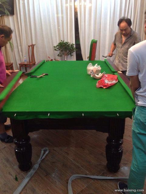 花腿台球桌1.jpg