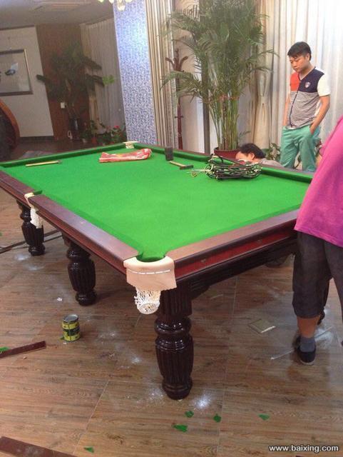 花腿台球桌2.jpg
