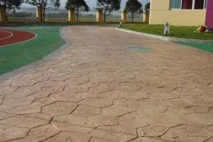 环氧砂浆滚涂地坪施工