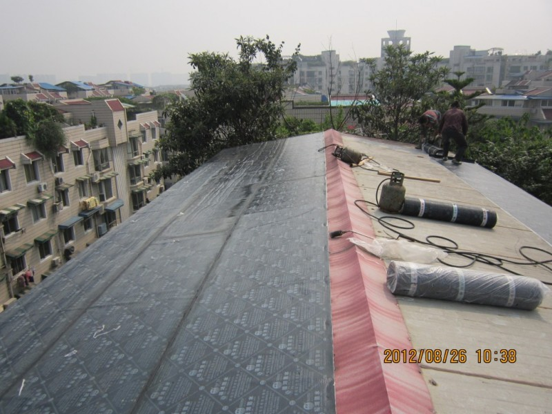 彩钢瓦屋顶防水.jpg