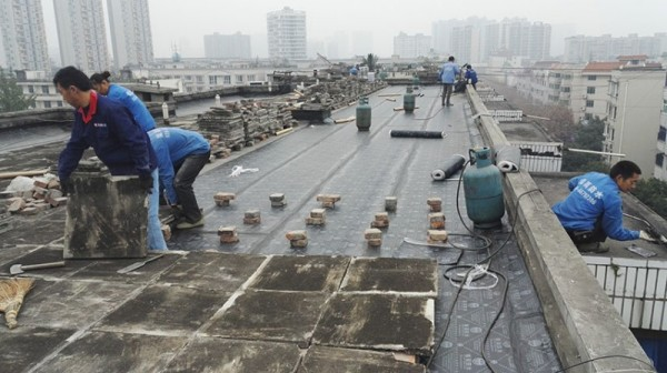 温江一〇六地质队生活区屋顶防水.jpg