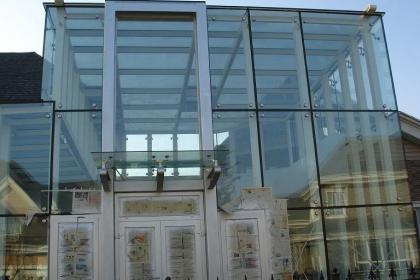 江西玻璃幕墙安装换胶