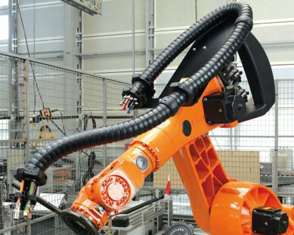 机器人电缆.jpg