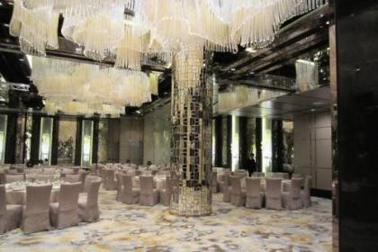 酒店大堂定制什么样的水晶灯比较搭配