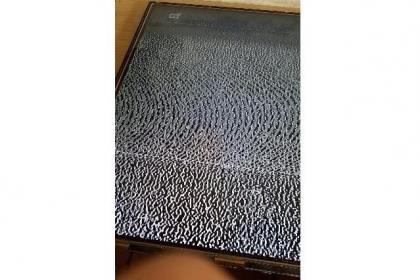 索尼液晶电视KDL-46EX520屏幕局部横线检修