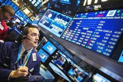 美股临近年底连创新高!经济学家:经济数据对股市形成支撑