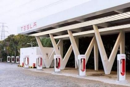 全国首座使用V3的特斯拉超级充电站正式开放