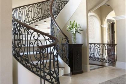 别墅楼梯设计方位风水讲究